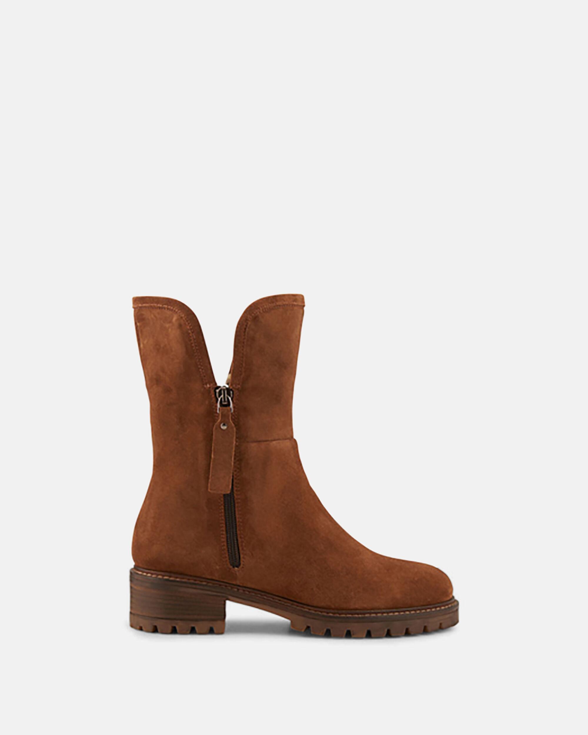 Boots - Acila